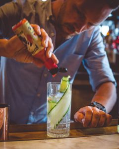 Lao Kombucha Cocktail, Romeos gin, firebarns, premium kombucha, quebec, canada, best kombucha